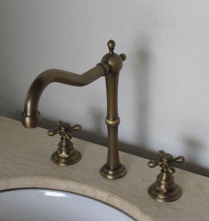 Tall Antique Gooseneck Bathroom Vanity Faucet Uvlfzt1006