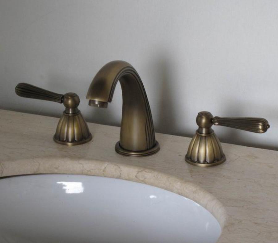 Antique brass three hole bathroom vanity faucet - Antique brass faucets for bathroom ...
